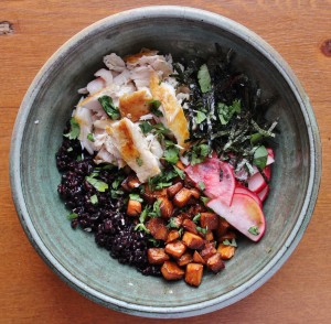 Seared Tuna and Black Rice Donburi Bowl