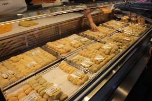 All the croquetas you can imagine in the homemade section of Mercado la Ribera
